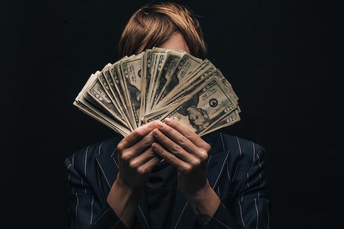 ¿Cómo tener más dinero?