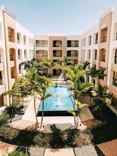 Planear viaje y hotel