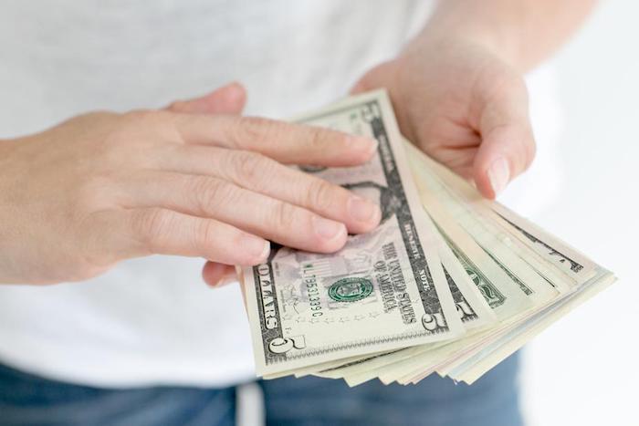 Como tener más dinero