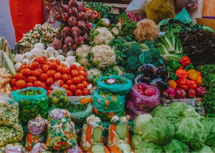 Compra en mercados locales para economía activa